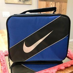 🆕Nike Swoosh Insulated Lunch Box-NWT